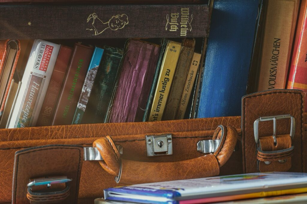Riciclare una vecchia valigia: 17 idee geniali - La ...