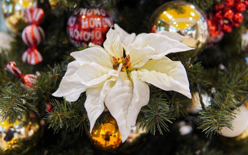 Addobbi fai da te per l'albero di Natale