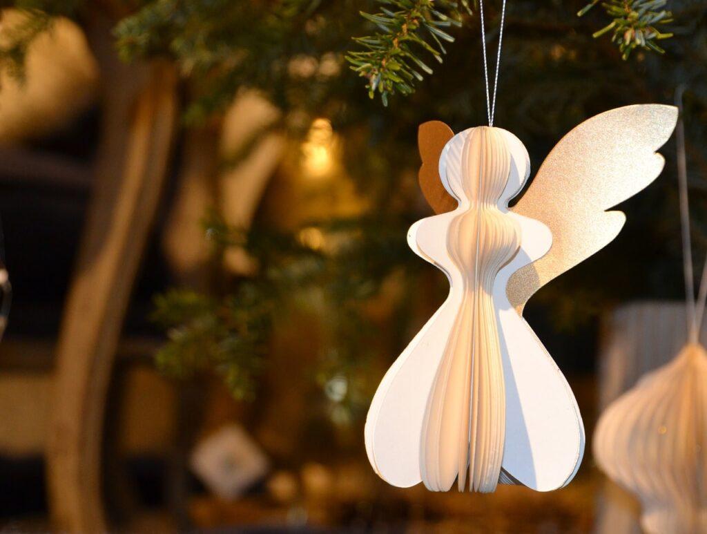 Addobbi fai da te per l'albero di Natale 20 idee