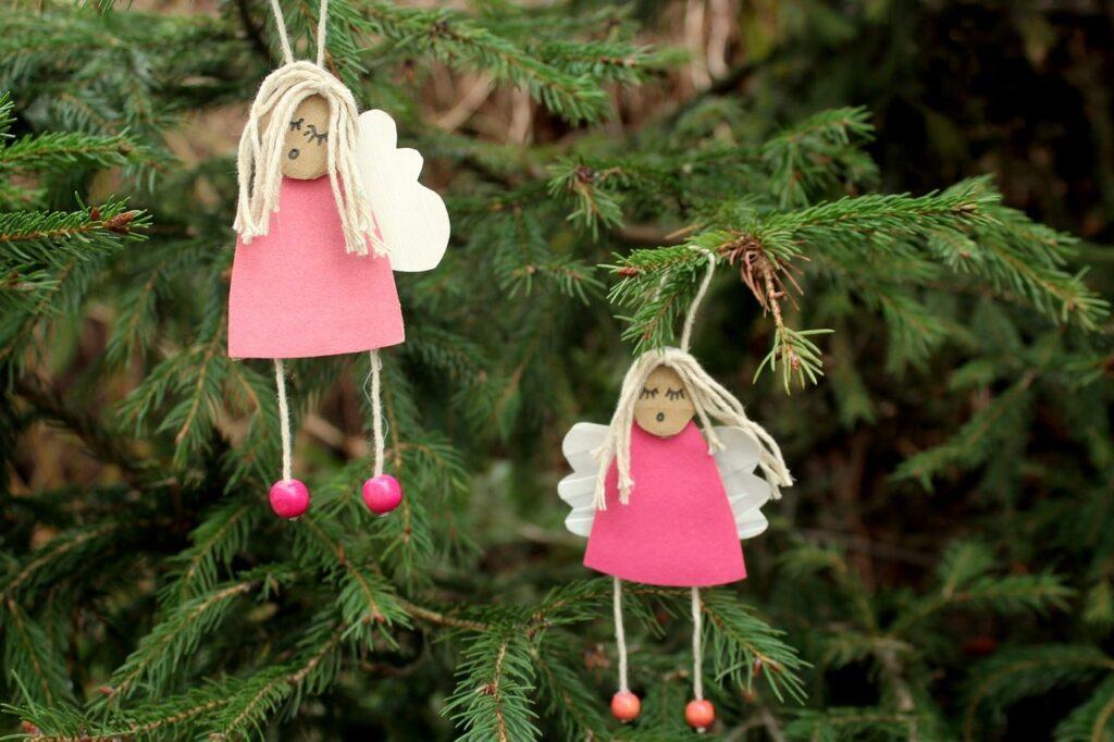 Angioletti fai da te per l'albero di Natale