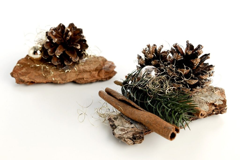 Decorare un ceppo di legno per Natale