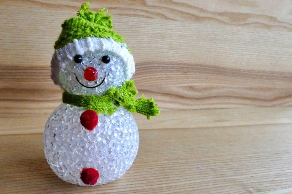 Pupazzo di neve fai da te: 40 idee alternative