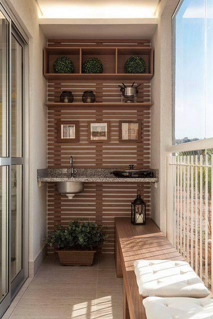 idee per arredare piccoli balconi in estate
