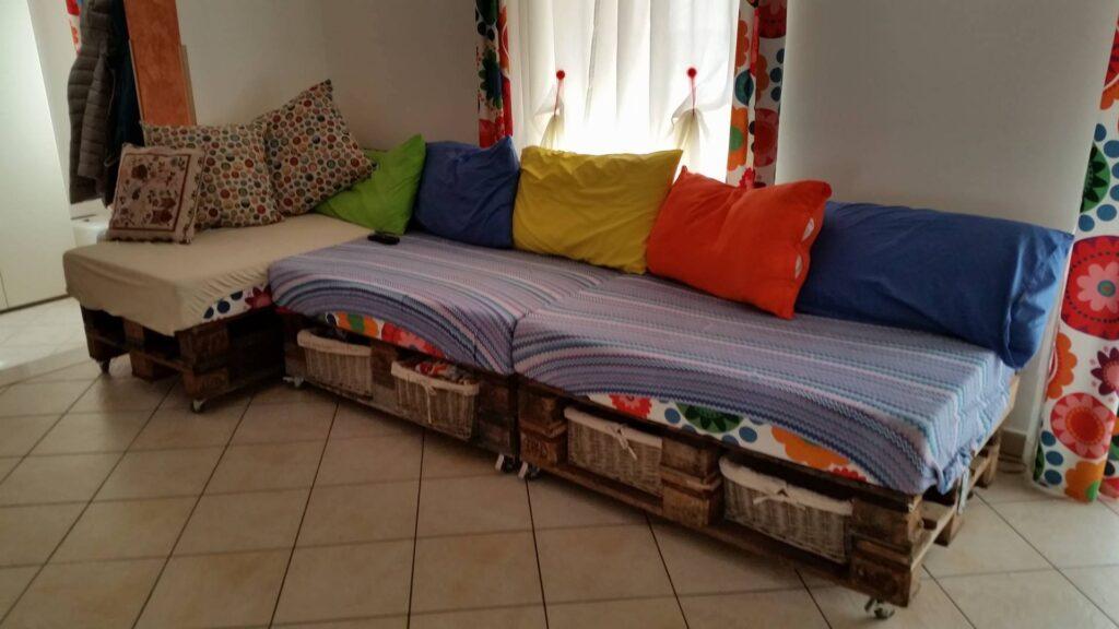 Arredamento Fai Da Te: divano con i bancali
