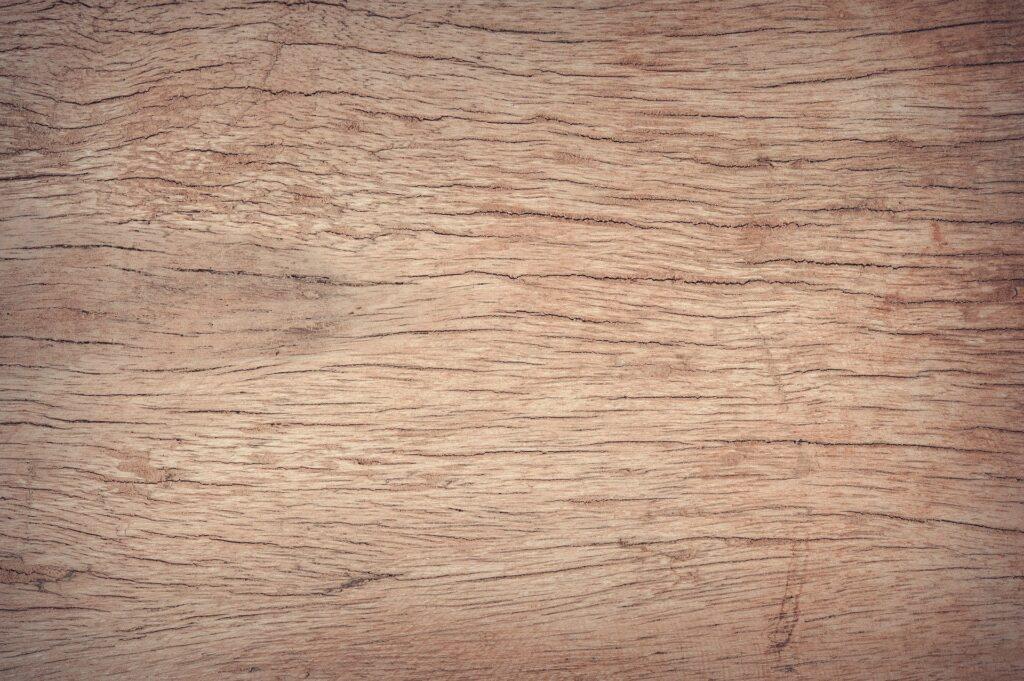Diverse tonalità e tipologie di legno