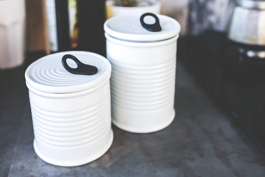 Riciclare barattoli di latta