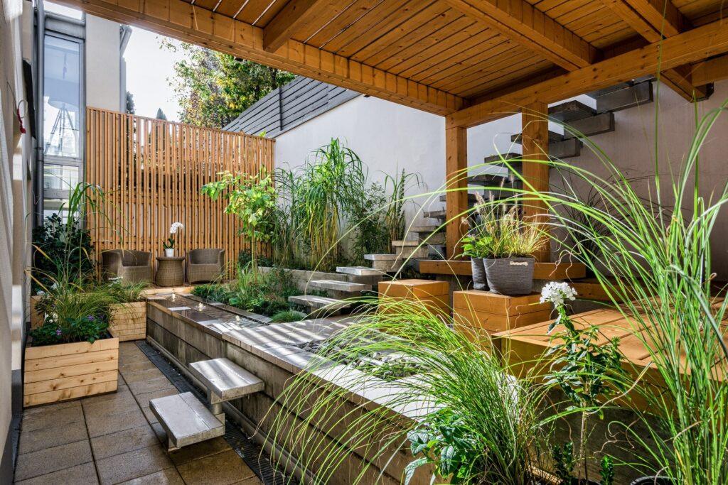 Pergolato in legno da giardino