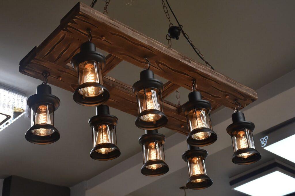 Lampadari in legno fai da te