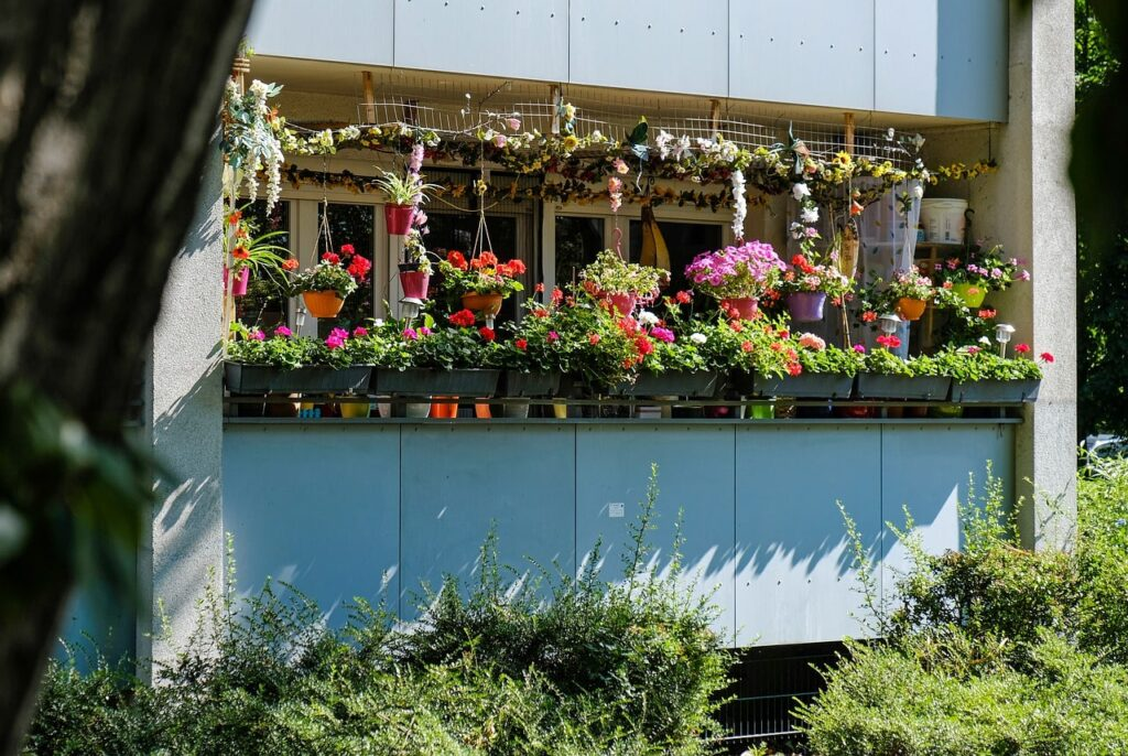 Come allestire un giardino in balcone