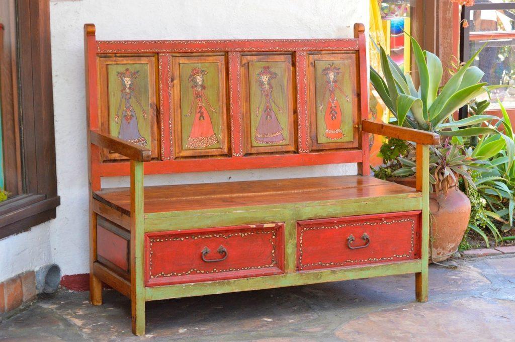 Come dare nuova vita a mobili vecchi