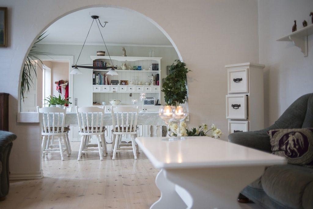 Arredare casa con il bianco